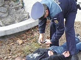 Un tânăr de 27 de ani din Butoiești, bănuit că a furat motorină și un acumulator auto
