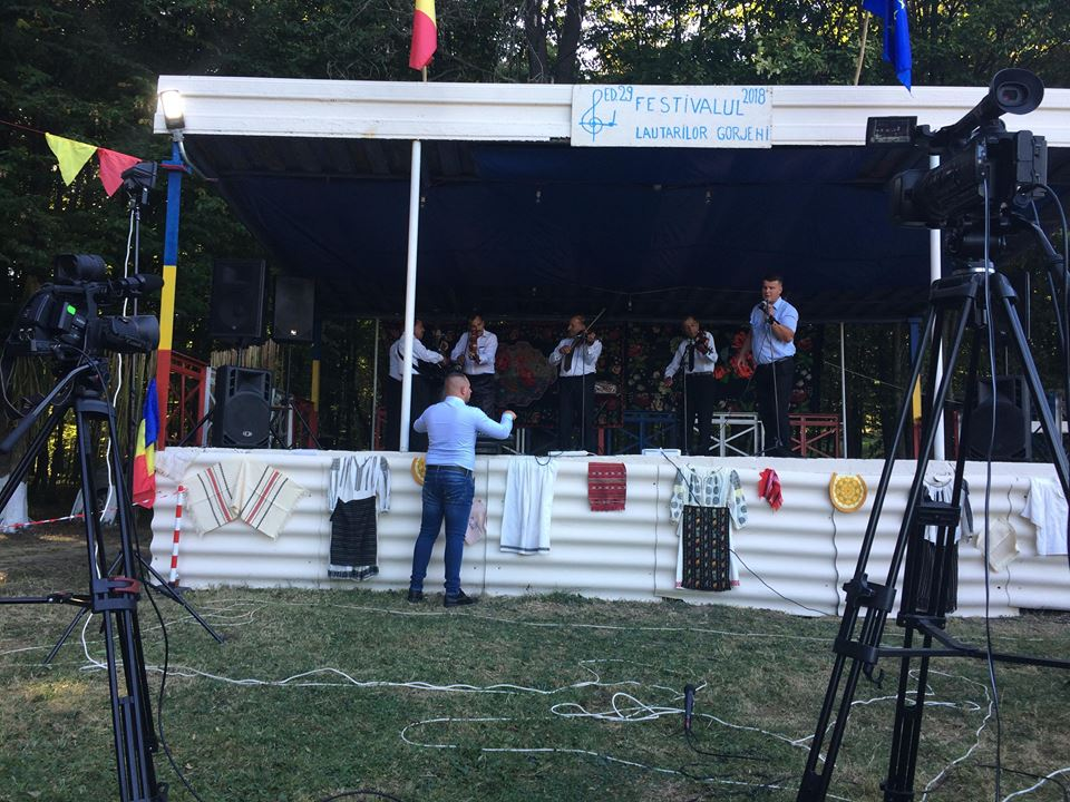 Festivalul Lautarilor Gorjeni de la Bolbosi